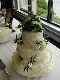 wedding cake extract 24 best butter frosting wedding cakes images on