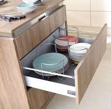 meuble tiroir cuisine separateur de tiroir cuisine tout devient accessible avec les