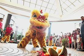 lion dancer book 40 lion troupes to usher in new year at mall metro