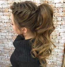 barrel curl ponytaol 30 eye catching ways to style curly and wavy ponytails