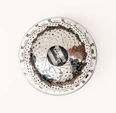 cercle de cuisine fermez vous du tamis métallique de cercle équipement de cuisine