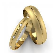 his and hers wedding rings yellow gold patterned his hers diamond set wedding rings d