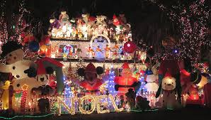 holly zell finds the best christmas lights in northern virginia