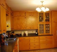 what wall color looks with maple cabinets what color to paint the walls with original orange tone