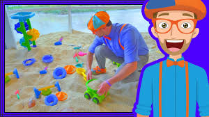 blippi plays at the children s museum learn colors for toddlers