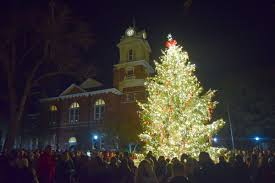 thousands converge on historic courthouse for 30th annual tree