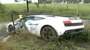 lamborghini aventador crashes groom crashes lamborghini gallardo hire car