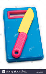 child play toy plastic chopping board blue pink knife yellow cook