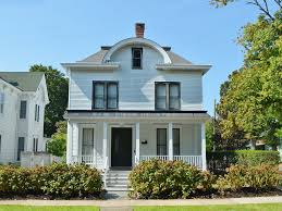 1873 beautiful victorian home in the homeaway greenport