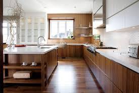 cuisine en noyer cuisine en noyer et blanc home design ideas 360