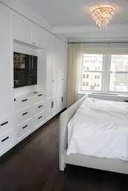 Bedroom With Tv Best 25 Bedroom Tv Ideas On Pinterest Apartment Bedroom Decor