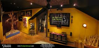 custom man cave horror themed home theater u0026 movie prop museum
