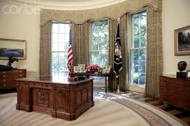the bush second oval office just after it was redecorated the