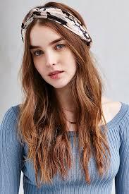 velvet headband outfitters balcony floral velvet headband lyst