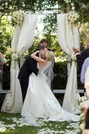 wedding arches louisville ky louisville wedding the local louisville ky wedding resource