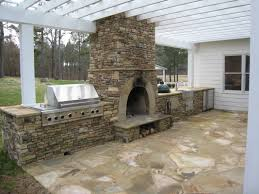 Stone Kitchen Backsplash Ideas Outdoor Kitchen Design And Decorating Ideas Using Light Grey Stone