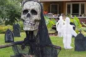 low lying fog machine spirit halloween in the spooky spirit arlington family elaborately decorates for
