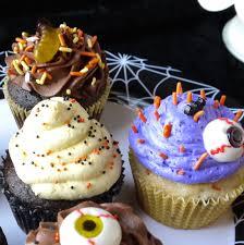 Halloween Decorating Cupcakes Cupcakes