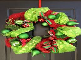 Decorating A Christmas Wreath Ideas by 17 Best Diy Christmas Wreath Images Images On Pinterest Wreath