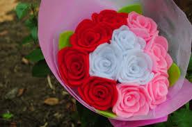 cara membuat bunga dengan kertas hias langkah membuat souvenir bunga sederhana dari kertas krep jual