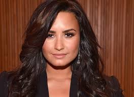 demi lovato got a huge lion tattoo on her hand glamour