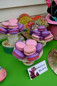 Mad Hatter Tea Party Centerpieces by Best 25 Mad Hatter Disney Ideas On Pinterest Mad Hatters Tea