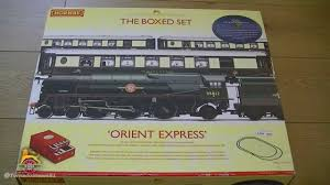 opening the orient express box set by hornby part 1 of 2