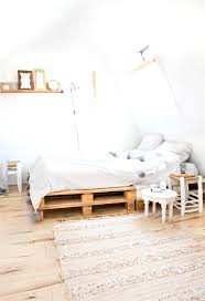 25 Best Diy Pallet Bed by Best 25 Pallet Beds Ideas Only On Pinterest Palette Bed Inside