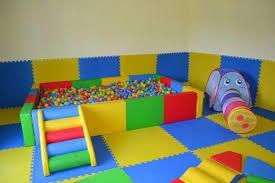 tappeti in gomma per bambini pavimentazione antitrauma
