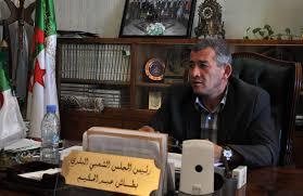 bureau maire de abdelhakim bettache maire d alger centre il faut sortir des