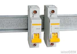 what are the different types of circuit protection