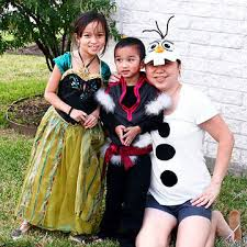 and family halloween costumes