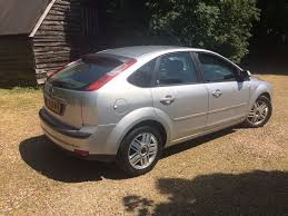 ford focus ghia 1 6 manual petrol mot 8 service stamps drives