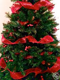 Decorate Christmas Tree Ribbon Vertically by Christmas Tree Decorating 101 Being Genevieve