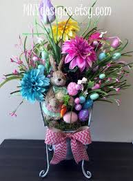 Quality Easter Decorations by The 25 Best Easter Centerpiece Ideas On Pinterest Spring