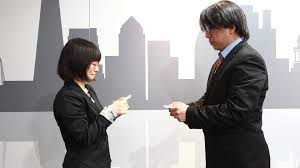 Japan Business Card Etiquette Japanese Focus Exchanging Business Cards With Chinese Subtitles