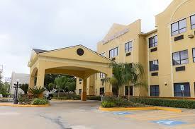 Comfort Suites Newport Hotel Comfort Suites Houston Galleria Tx Booking Com