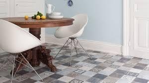 sol vinyl pour cuisine chambre enfant sol vinyl imitation carrelage salle de bain style