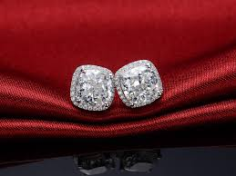diamond stud earrings for women beautiful out fit with the diamond stud earring jewelry design