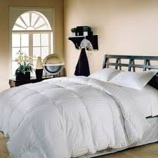 How Long Does A Down Comforter Last Best 25 Down Comforter Bedding Ideas On Pinterest Bedding