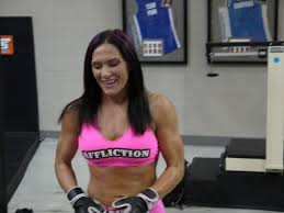 cat alpha zingano mma stats pictures news videos cat zingano shows you don t have to be a mean girl to make it