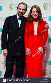 ralph fiennes and julianne moore at the ee british academy film
