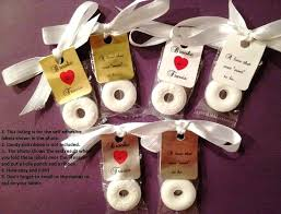 inexpensive wedding favor ideas simple wedding party favors wedding party favors