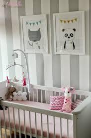 kinderzimmer in grau babyzimmer grau streifen erwachen auf babyzimmer graustreifen 1