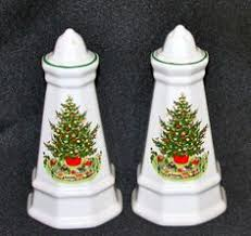 christmas santa claus and christmas tree salt and pepper shakers