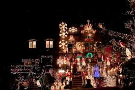 the 10 best decorations in dyker heights brooklyn