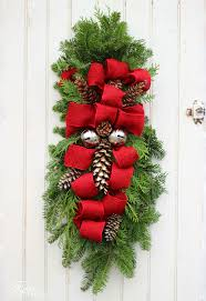 How To Decorate A Swag For Christmas How To Make A Christmas Swag Hometalk