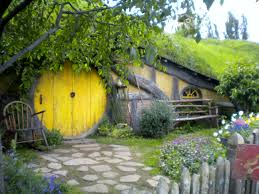 images about hobbit house on pinterest houses and new zealand idolza