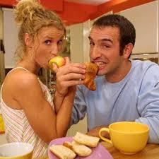 un gars une fille dans la cuisine jean dujardin tout ce que vous devez savoir sur lui jean