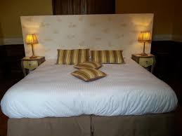 chambre d hotes flour cantal chambres d hôtes la maison d adelaïde chambres d hôtes anglards de
